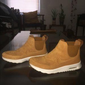 Brown suede Nike's